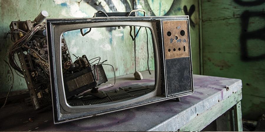 تعمیر تلویزیون با ماشین